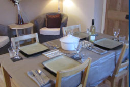 Home Cottage Holiday Cottage dining room